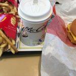 公約達成したからトリプルチーズバーガー食べて来た。